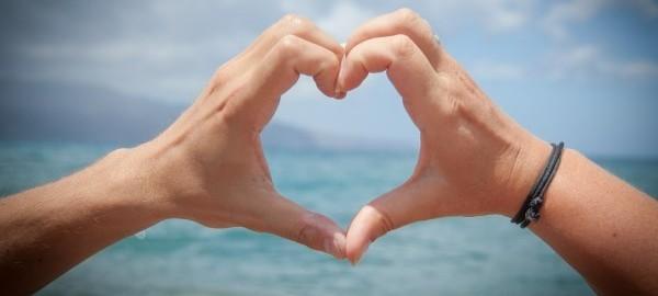 mani cuore 1